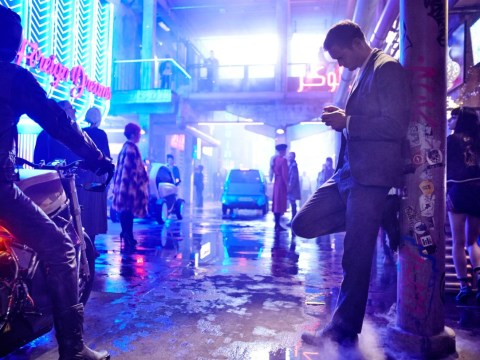 Alexander Skarsgård and Paul Rudd star in first trailer for Netflix's Mute