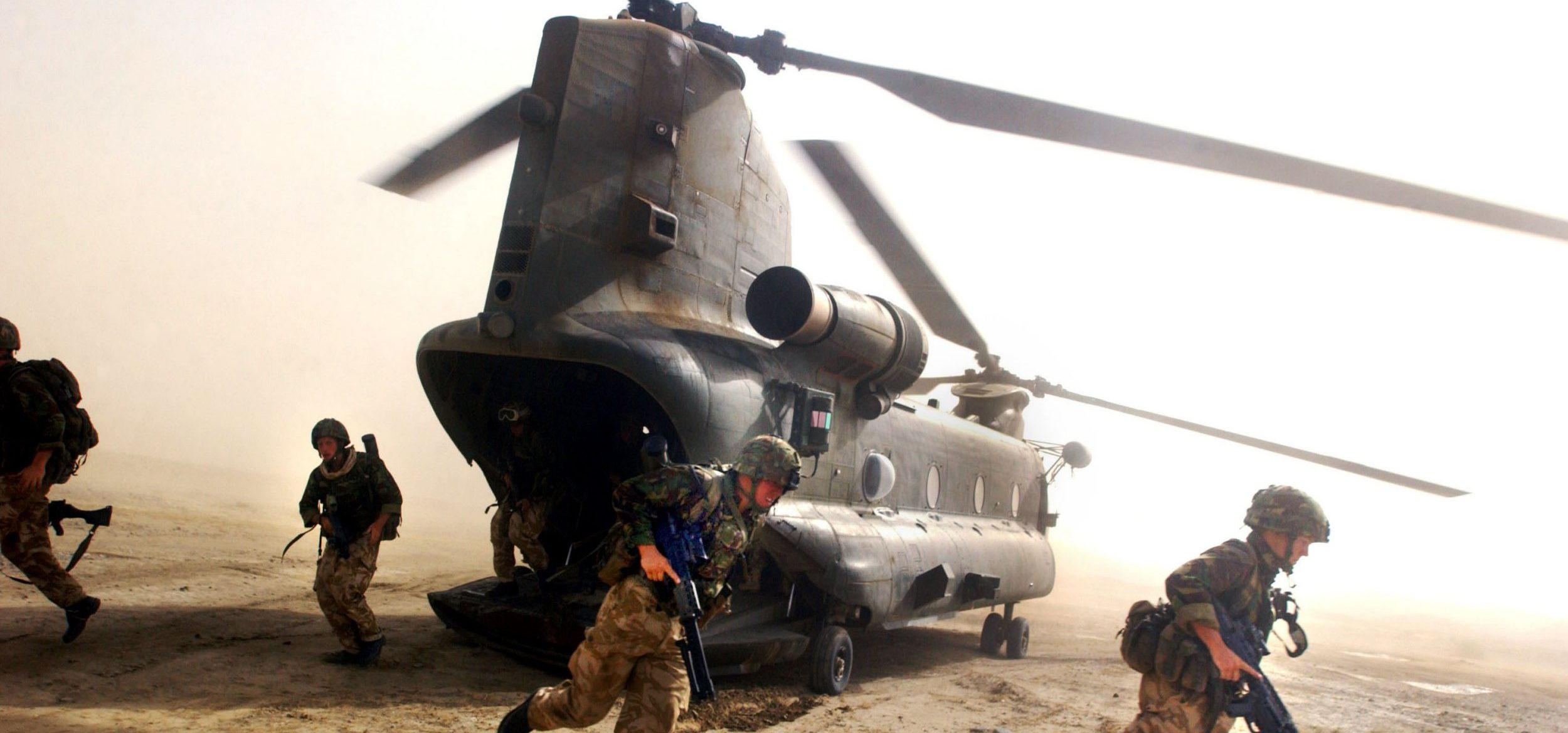 Hero SAS soldier 'decapitated Isis jihadi with a spade'