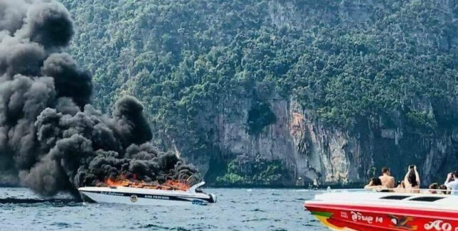 Tourist boat explodes in Thailand leaving 16 injured | Metro