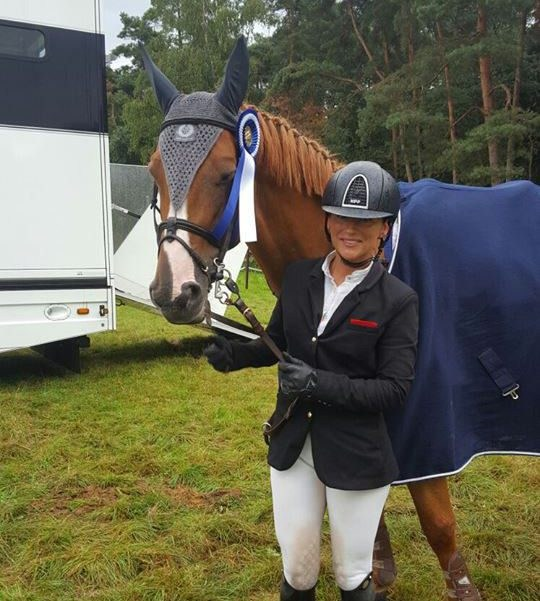 Top show-jumper's dad used her horsebox to smuggle