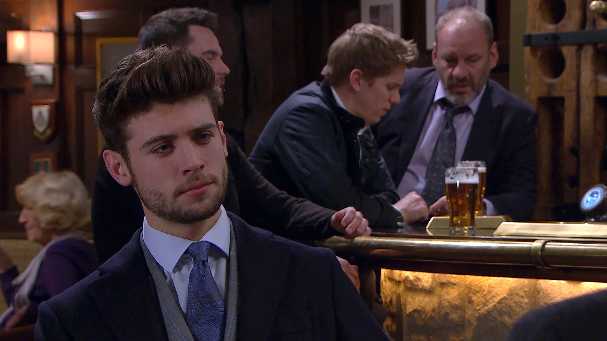 Joe plots against Robert and Aaron