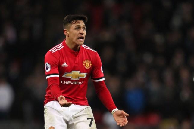 4be5233c353 Man Utd News  Alexis Sanchez is struggling to cope confirms Chile ...