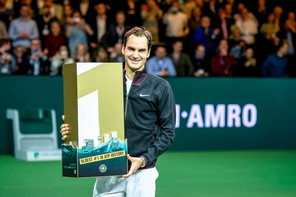 Roger Federer replaces Andre Agassi as oldest world No. 1 in history