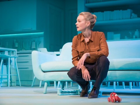 Girls & Boys, Royal Court, review: Carey Mulligan is a powerhouse on stage alone in this gritty new play