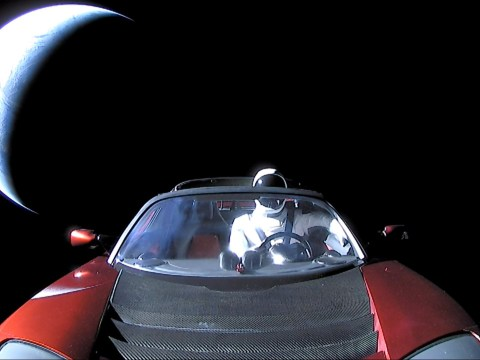 Elon Musk's spacefaring Tesla Roadster completes first orbit around the sun
