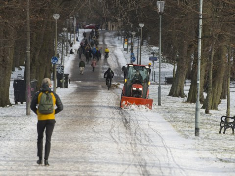 When is it too cold to work outside? Are there maximum and minimum temperatures?