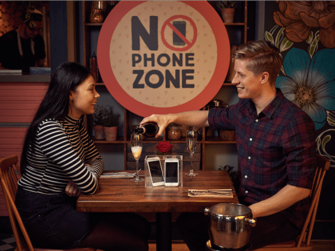 Zizzi bans people from using mobile phones on Valentine's Day