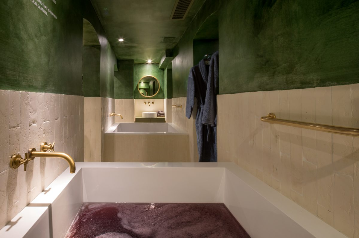 How a soak in a tub of wine remedied my crushing stress and anxiety