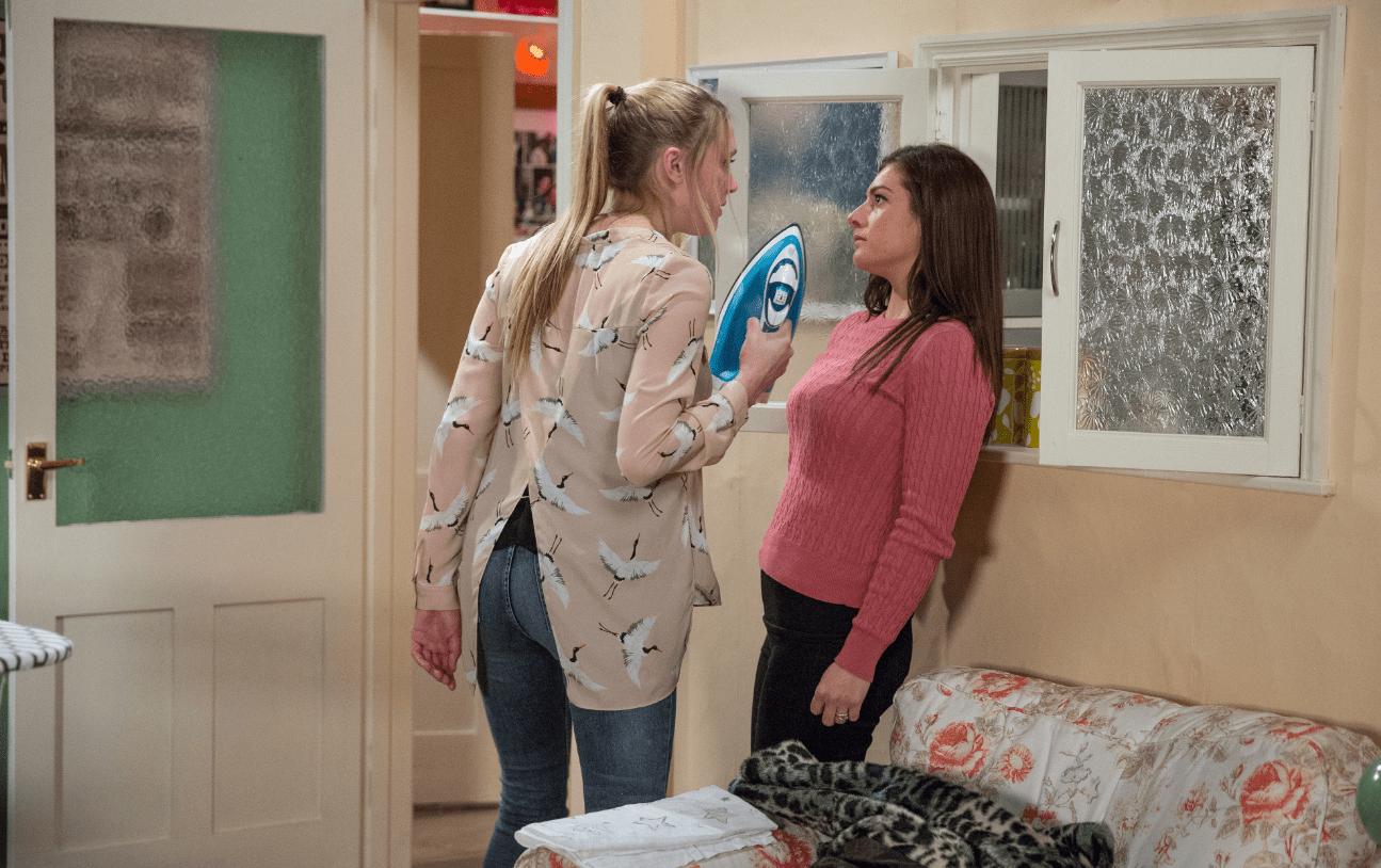 Rebecca attacks Victoria in Emmerdale