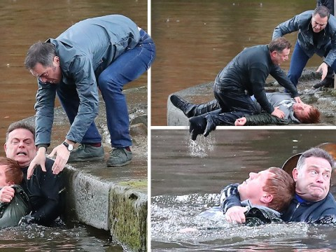 James Nesbitt and John Thomson drag drowning man from a canal in dramatic Cold Feet scenes