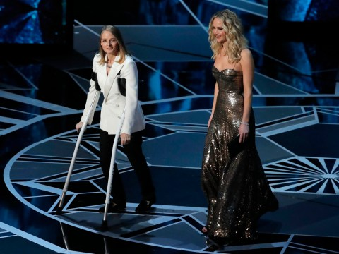 Jodie Foster jokes Meryl Streep 'I, Tonya'd her' as she presents at Oscars on crutches
