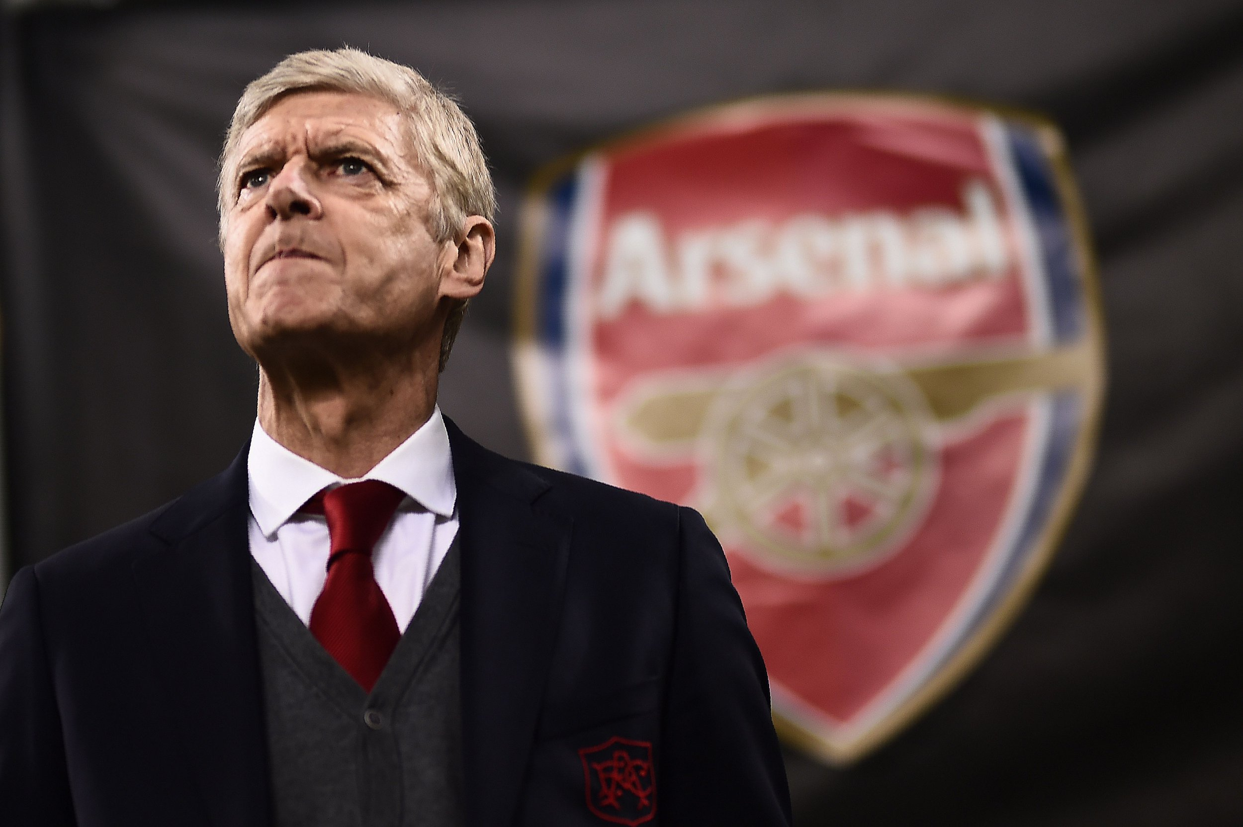 TOPSHOT - Arsenal's coach Arsene Wenger from France looks on during the UEFA Europa League round of 16 first-leg football match AC Milan Vs Arsenal at the 'San Siro Stadium' in Milan on March 8, 2018. / AFP PHOTO / MARCO BERTORELLOMARCO BERTORELLO/AFP/Getty Images