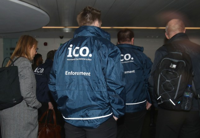 Enforcement officers working for the Information Commissioner's Office entering the premises of Cambridge Analytica in central London after a High Court judge granted a search warrant. PRESS ASSOCIATION Photo. Picture date: Friday March 23, 2018. See PA story COURTS Cambridge. Photo credit should read: Yui Mok/PA Wire