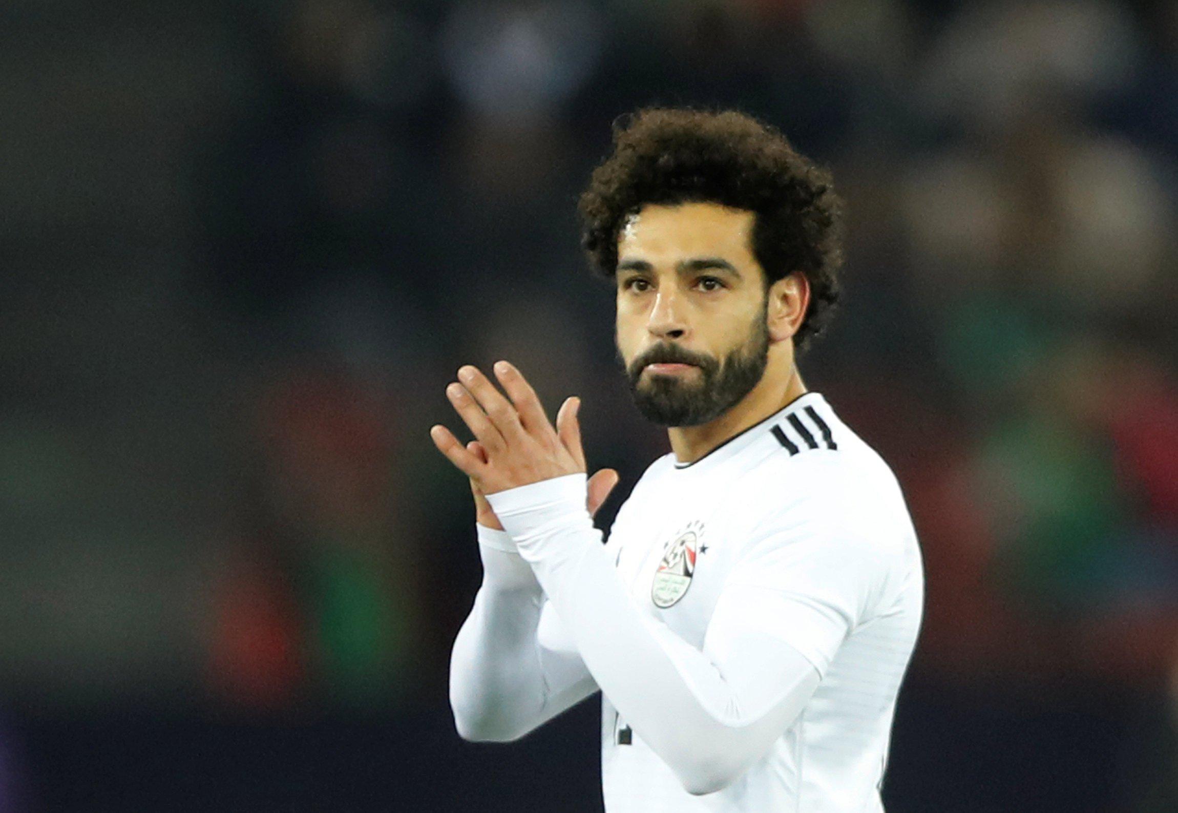 Soccer Football - International Friendly - Portugal vs Egypt - Letzigrund, Zurich, Switzerland - March 23, 2018 Egypt???s Mohamed Salah applauds fans as he is substituted off REUTERS/Arnd Wiegmann