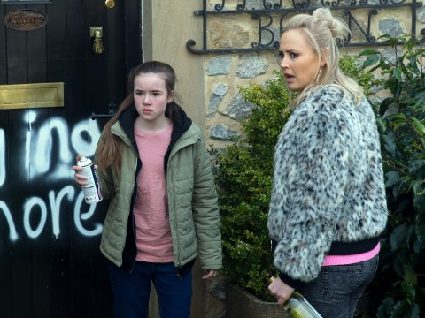 Emmerdale spoilers: Tracy Shankley is abused by a mysterious newcomer