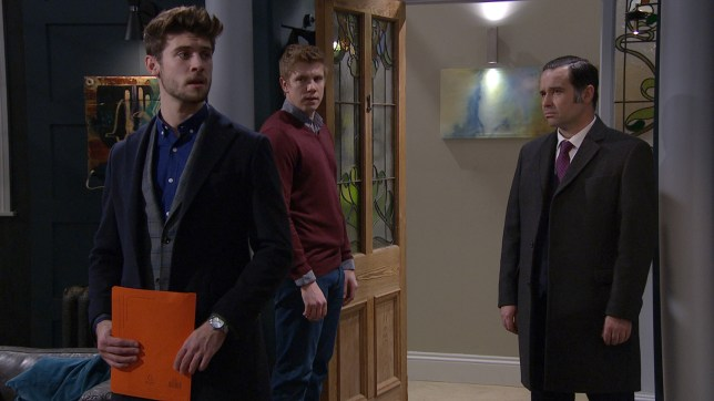 Joe targets Robert in Emmerdale