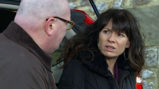 Chas hides from Paddy in Emmerdale