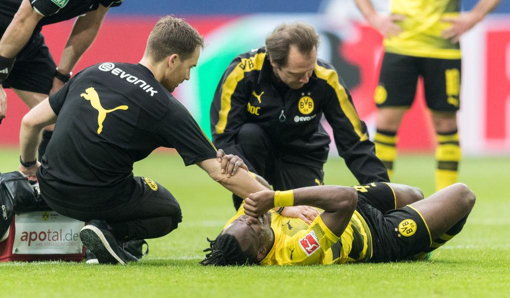 Chelsea striker Michy Batshuayi provides injury update on Instagram