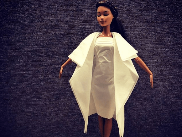 Guy uses toilet paper and napkins to create incredible wedding dresses for his Barbies