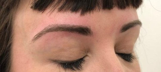 Microblading and semi-permanent eyebrows – is it worth the