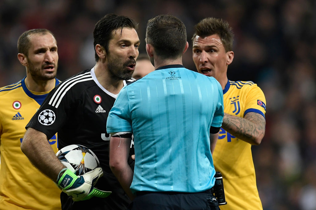 Gianluigi Buffon insults referee in interview after red card in Real Madrid vs Juventus