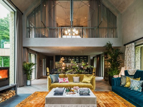 Fancy spending the night at Kate Moss's Cotswolds country pad? Well, you can