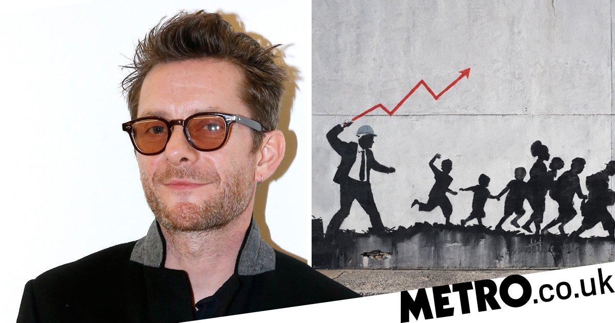Who is Banksy? Forensics expert believes it's Gorillaz ...