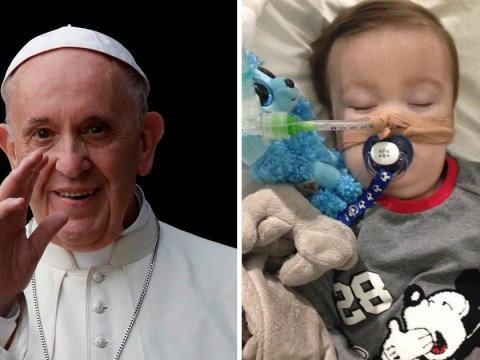Pope offers prayers to 'little Alfie Evans' and asks family and doctors to 'respect toddler's dignity'