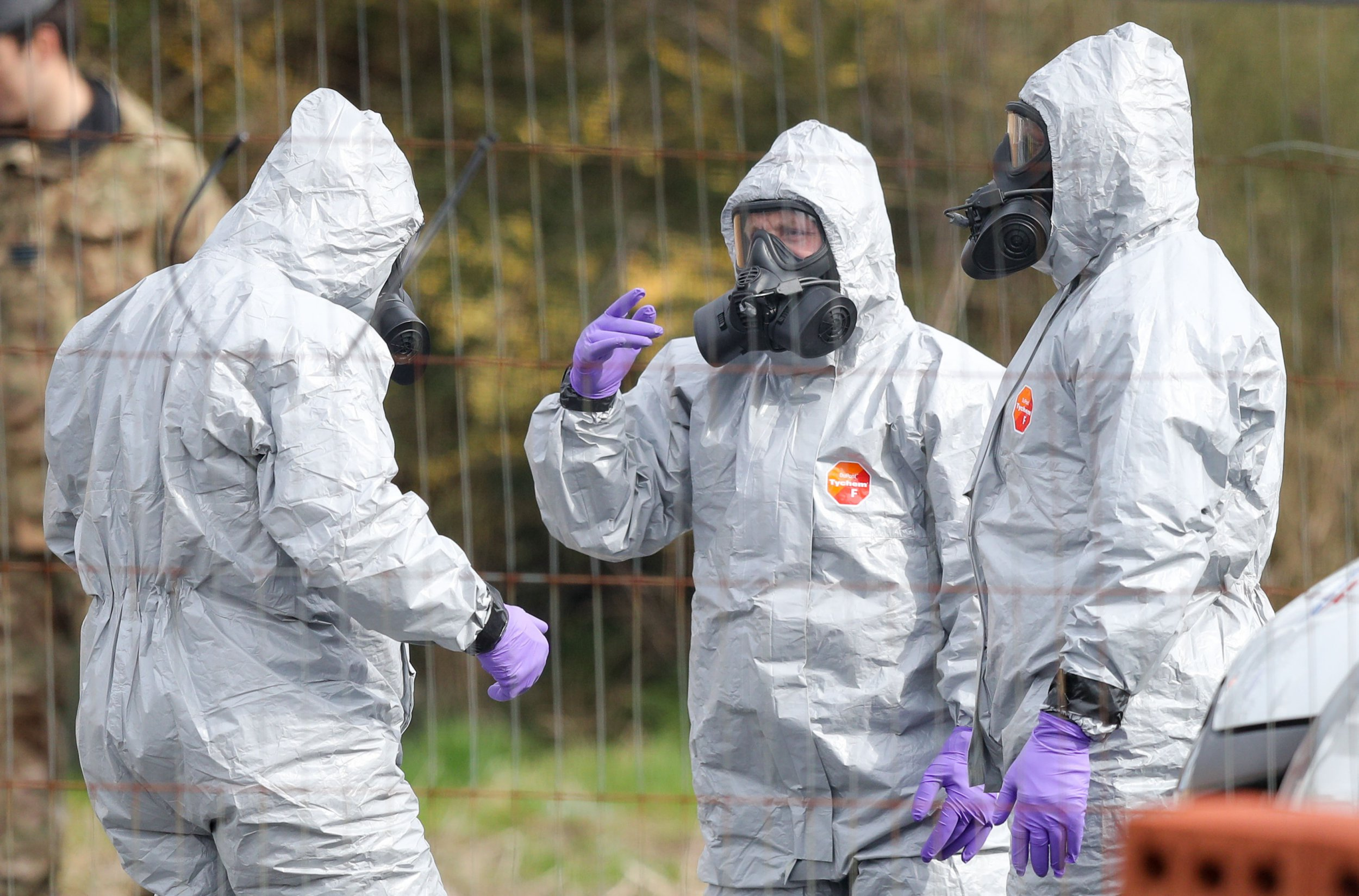 Soldiers wearing protective clothing in Hyde Road, Gillingham, Dorset, as the investigation into the suspected nerve agent attack on Russian double agent Sergei Skripal continues PRESS ASSOCIATION Photo. Picture date: Wednesday March 14, 2018. See PA story POLICE Substance. Photo credit should read: Andrew Matthews/PA Wire