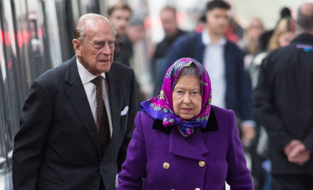 KING'S LYNN, ENGLAND - DECEMBER 21: Her Majesty Queen Elizabeth II and Prince Philip, Duke of Edinburgh arrive at King's Lynn Station on December 21, 2017 in King's Lynn, England ahead of their Christmas break at Sandringham. (Photo by Mark Cuthbert/UK Press via Getty Images)