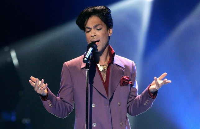 LOS ANGELES, CA - MAY 24: Musician Prince performs onstage during the American Idol Season 5 Finale on May 24, 2006 at the Kodak Theatre in Hollywood, California. (Photo by Vince Bucci/Getty Images)