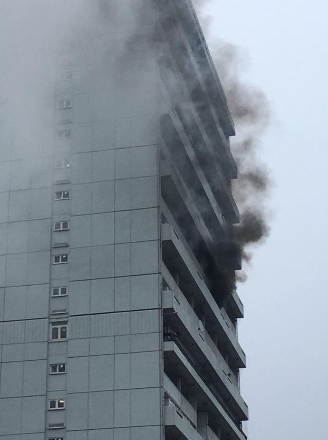 Battersea fire @AngusMackers