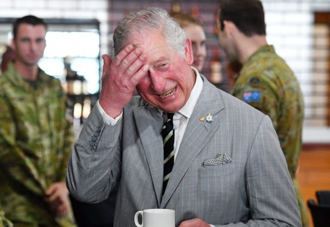 epaselect epa06658492 Britain's Prince Charles, Prince of Wales (C) speaks to senior officers of the Australian Army Reserve NORFORCE (North-West Mobile Force) force group during a visit to the Larrakeyah Defence Precinct in Darwin, Australia, 10 April 2018. The Prince of Wales is on a seven-day tour of Australia, visiting Queensland and the Northern Territory. EPA/MICK TSIKAS / POOL AUSTRALIA AND NEW ZEALAND OUT