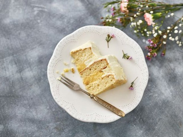 Iceland elderflower and lemon cake