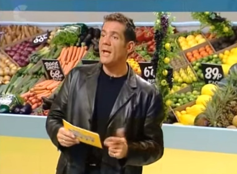 Remembering Dale Winton's flamboyant style on Supermarket