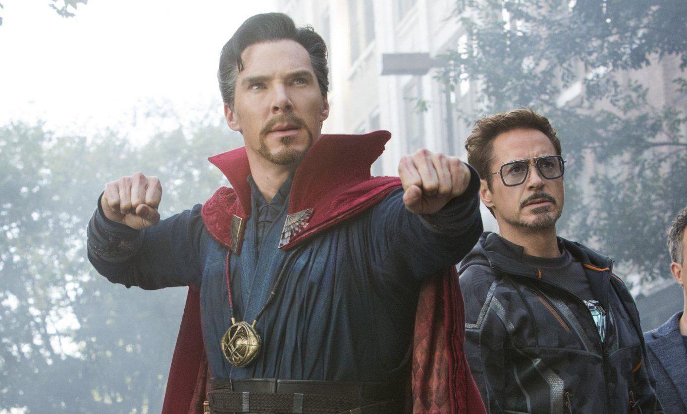 Marvel Studios' AVENGERS: INFINITY WAR..L to R: Doctor Strange/Stephen Strange (Benedict Cumberbatch), Iron Man/Tony Stark (Robert Downey Jr.), Bruce Banner/Hulk (Mark Ruffalo) and Wong (Benedict Wong)..Photo: Chuck Zlotnick..??Marvel Studios 2018