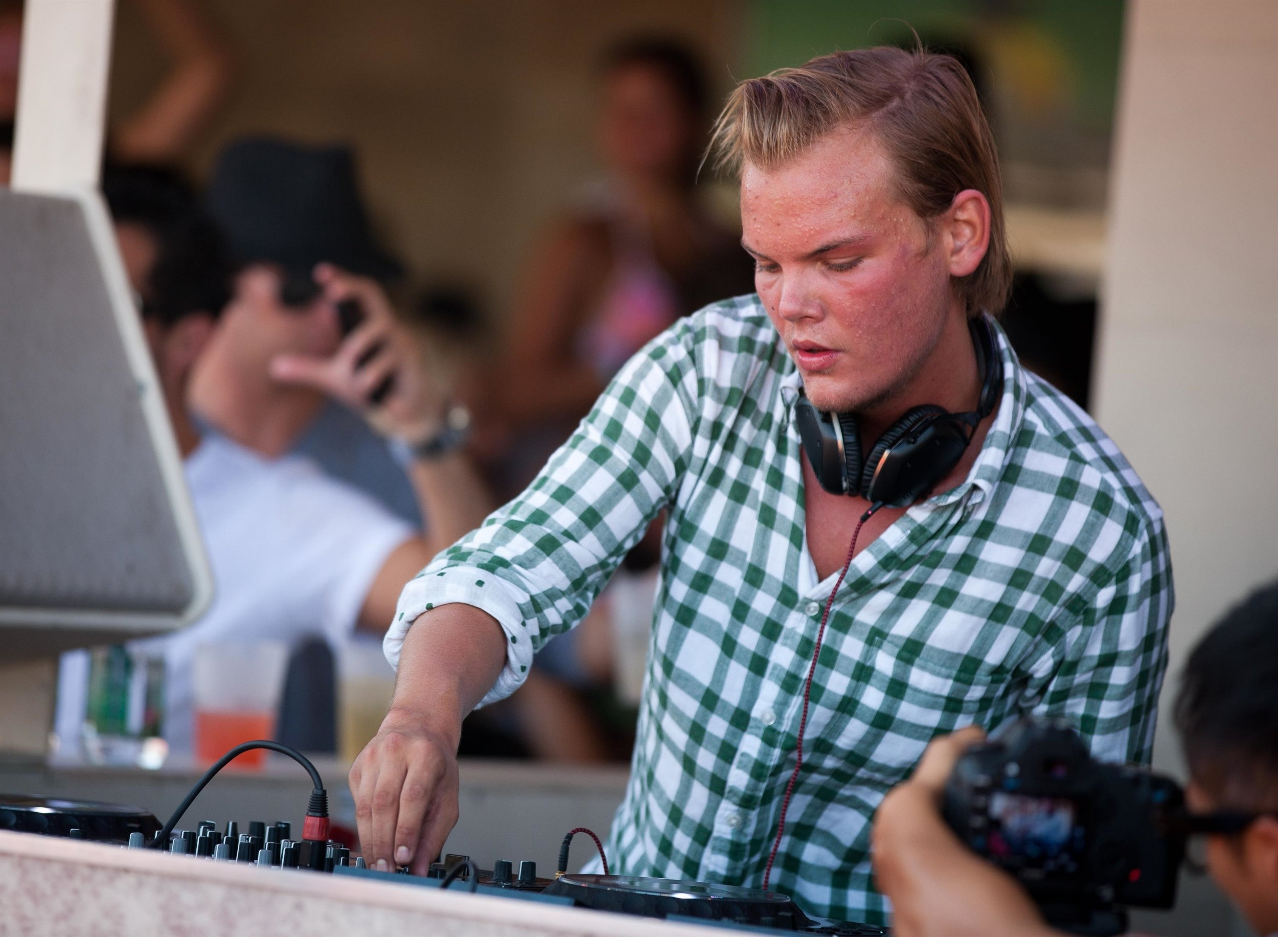 Avicii performs at F*** Me I'm Famous! Pool Party for Labor Day Weekend at Wet Republic in Las Vegas, NV on September 4, 2011. Pictured: Avicii BACKGRID USA 20 APRIL 2018 BYLINE MUST READ: MediaPunch / BACKGRID USA: +1 310 798 9111 / usasales@backgrid.com UK: +44 208 344 2007 / uksales@backgrid.com *UK Clients - Pictures Containing Children Please Pixelate Face Prior To Publication*