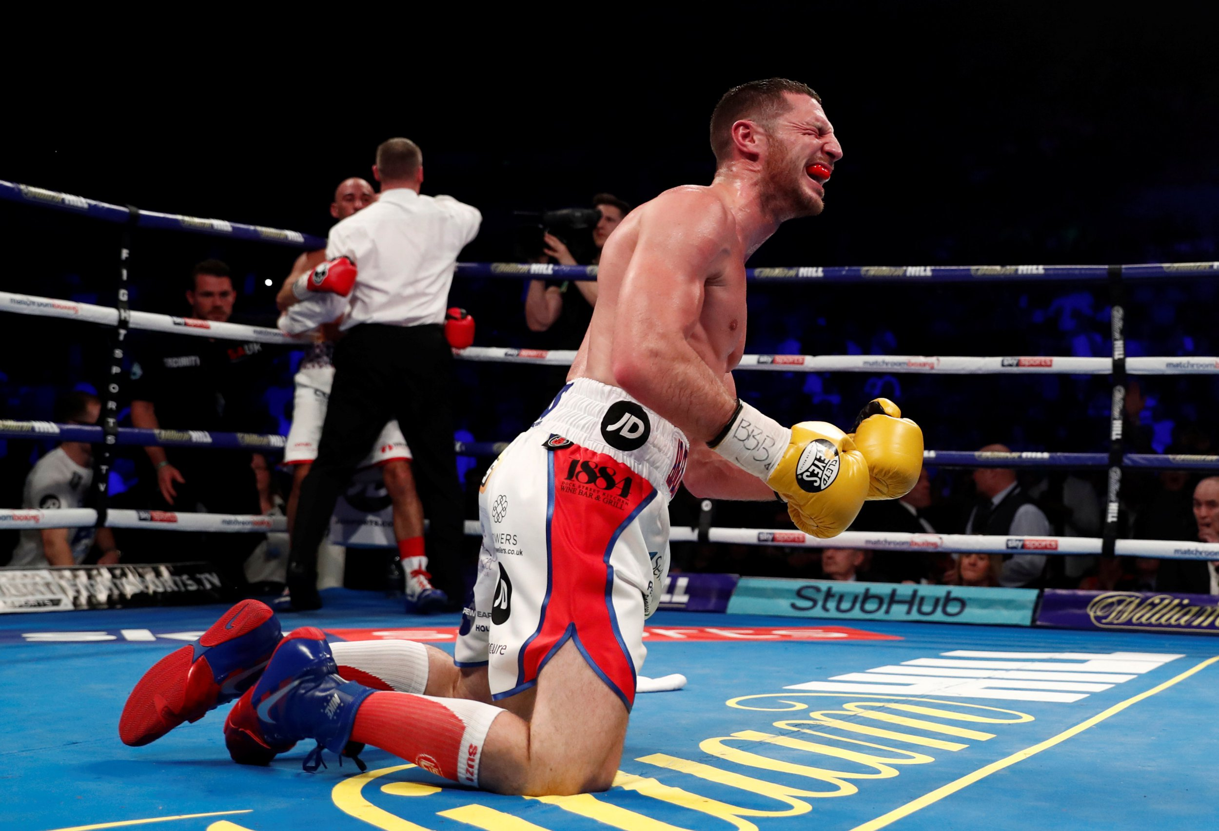 Khan vs Greco Undercard Results: Tommy Coyle stops brave Sean Dodd to take Commonwealth strap