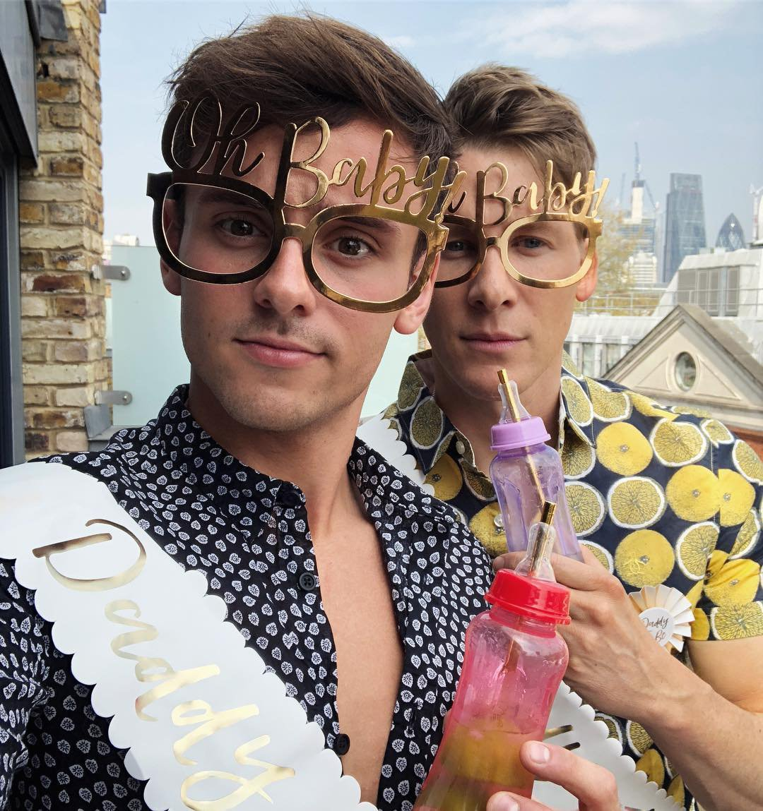 How old is Tom Daley, when did he marry Dustin Lance Black, and what is his son's name?
