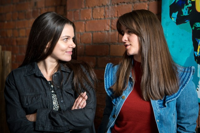 Sophie and Kate talk in Coronation Street