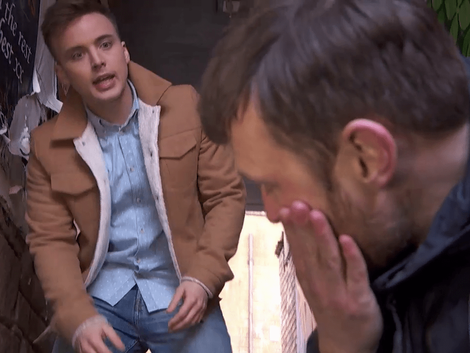 Hollyoaks spoilers: Harry Thompson attacks Leah Barnes' dad Billy