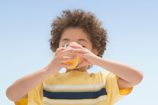Kids who drink fruit juice with breakfast at 50% more likely to be overweight