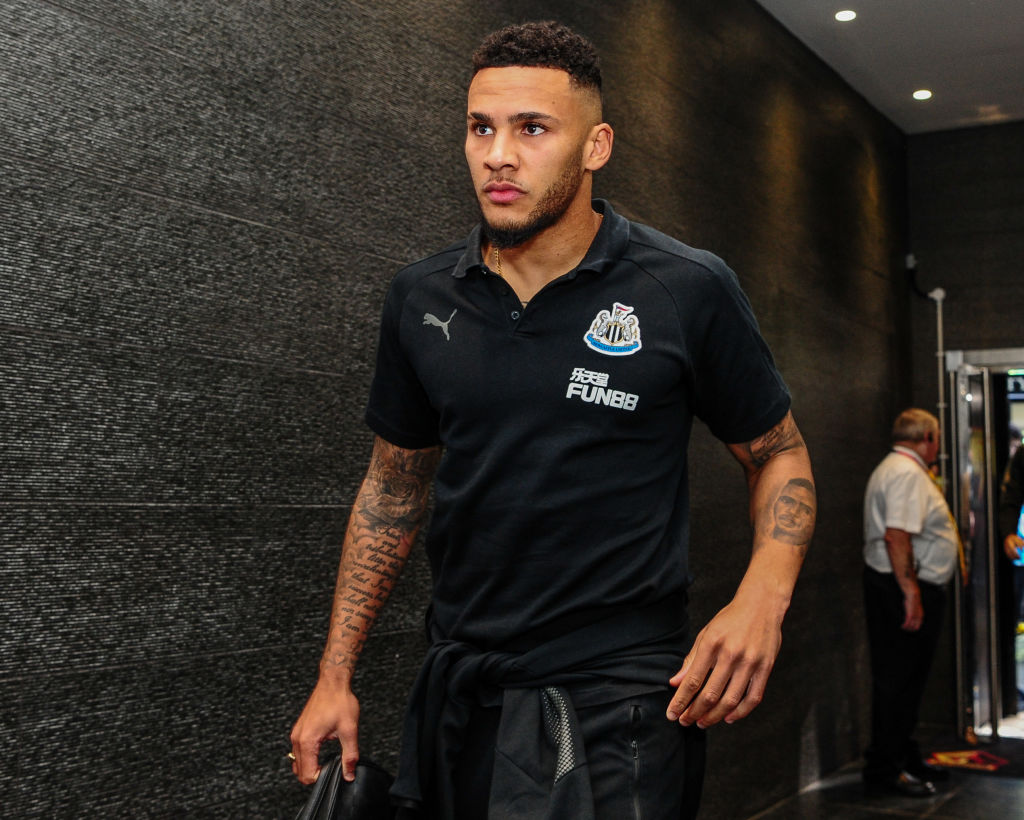 Jamaal Lascelles responds to Chelsea transfer speculation
