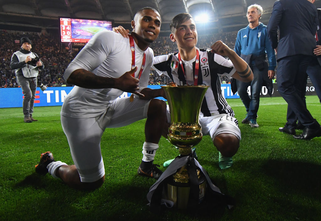 Jose Mourinho ready to sanction £79m offer to sign Brazil winger Douglas Costa