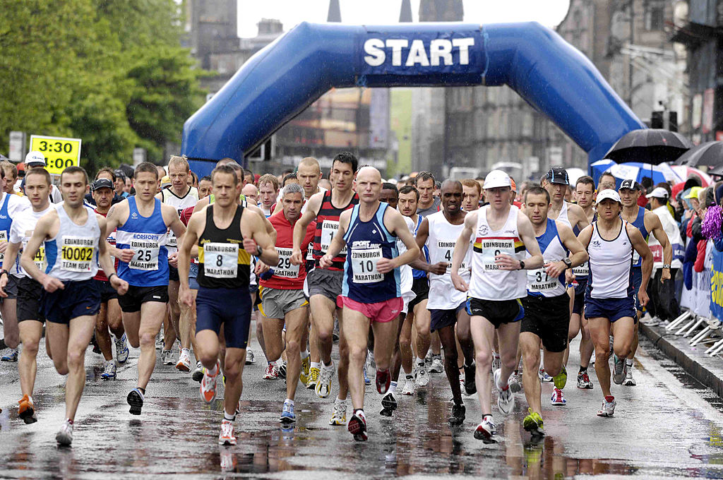 Edinburgh marathon route, road closures, weather and what time it starts