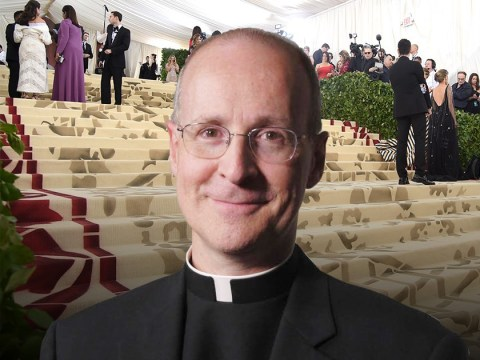 Actual priest praised for realistic outfit on Met Gala red carpet
