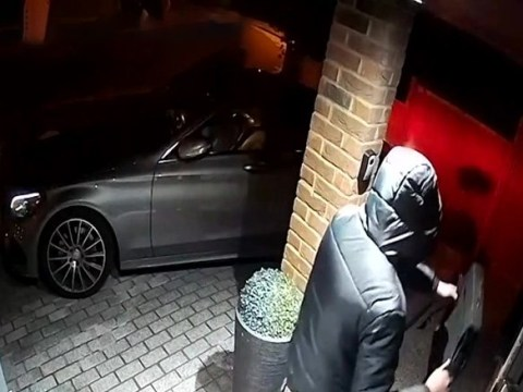 Hi-tech thieves stole luxury Mercedes in 23 seconds by tricking keyless system