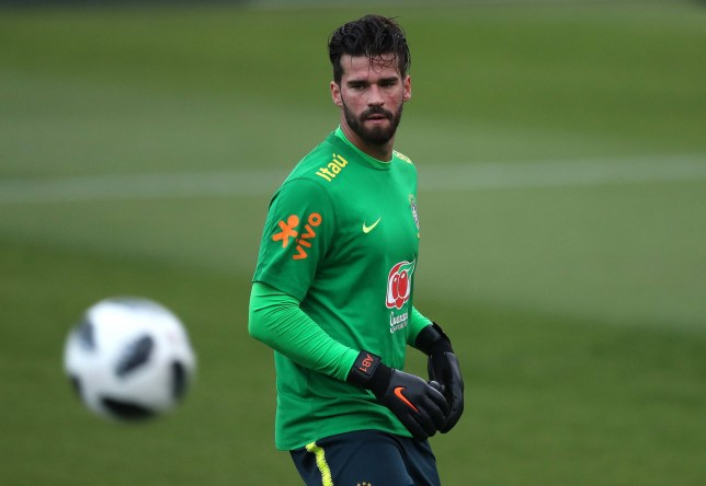 epa06761398 The Brazilian goalkeeper Alisson participates in a training session, in the Granja Comary, in Teresopolis, Brazil, 24 May 2018. EPA/Marcelo Say??o