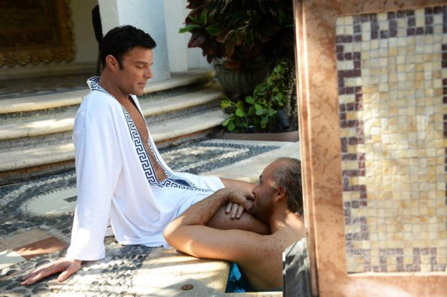 """THE ASSASSINATION OF GIANNI VERSACE: AMERICAN CRIME STORY """"Manhunt"""" Episode 2 (Airs Wednesday. January 24, 10:00 p.m. e/p) -- Pictured: (l-r) Ricky Martin as Antonio D'Amico, Edgar Ramirez as Gianni Versace. Credit: Jeff Daly/FX"""