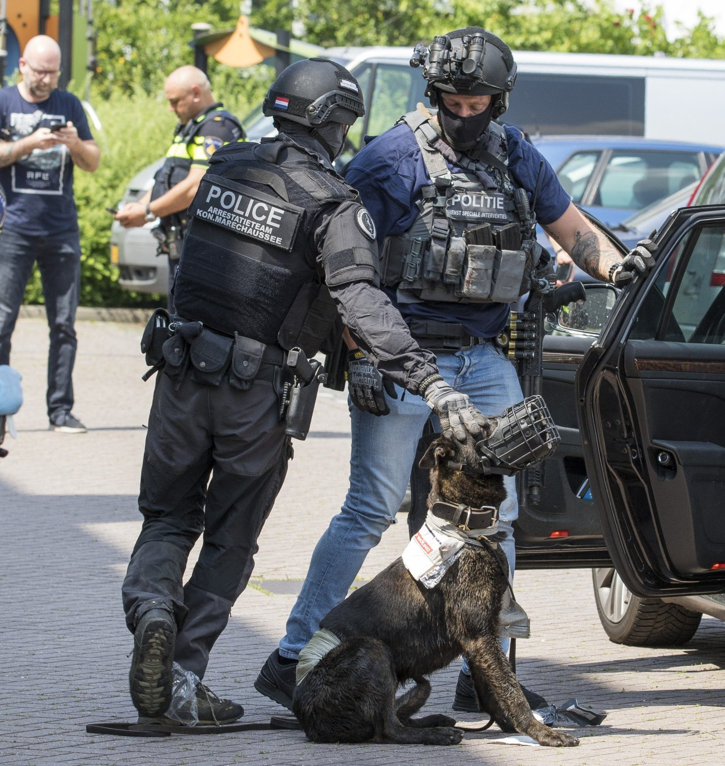 "Police shoot man with axe near Schiedam in Netherlands A police arrest team shot a 26-year-old man in Schiedam. Around half past two in the afternoon the police received a report about a person who from his balcony at the Van den Tempelstraat waved a chopper and called ""Allahu akbar""."